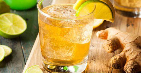 सिरदर्द दूर करने वाले 10 पेय पदार्थ